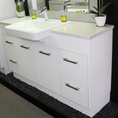 1500 vanity unit