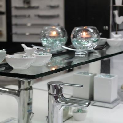 bathroom shelve glass