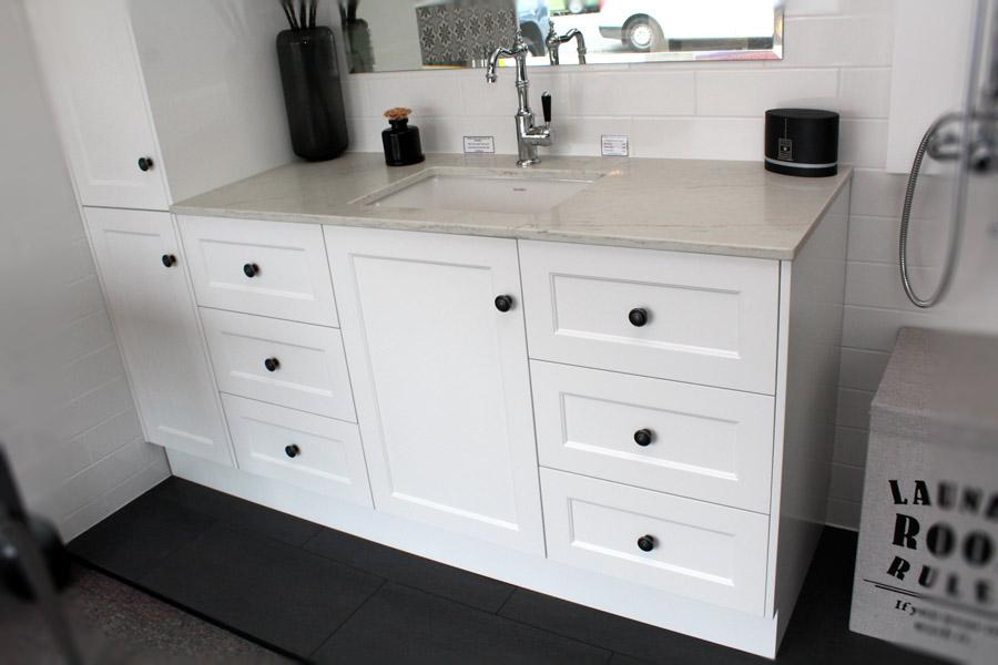 Custom Vanity Unit 1450 Amp Tall Boy 400 Bathroom Supplies In Brisbane