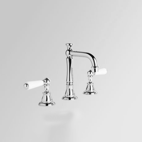 brodware-basin-set-with-traditional-spout