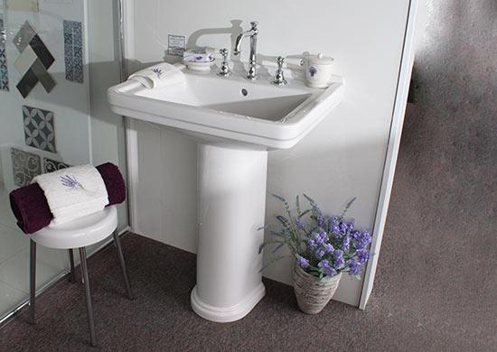 pedestal-style-vanity